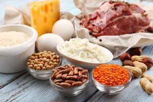 Manger des protéines, une des bases du meilleur régime du monde