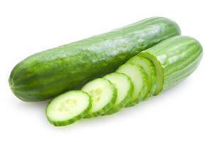 le concombre fait partie des ingrédients du jus detox maison